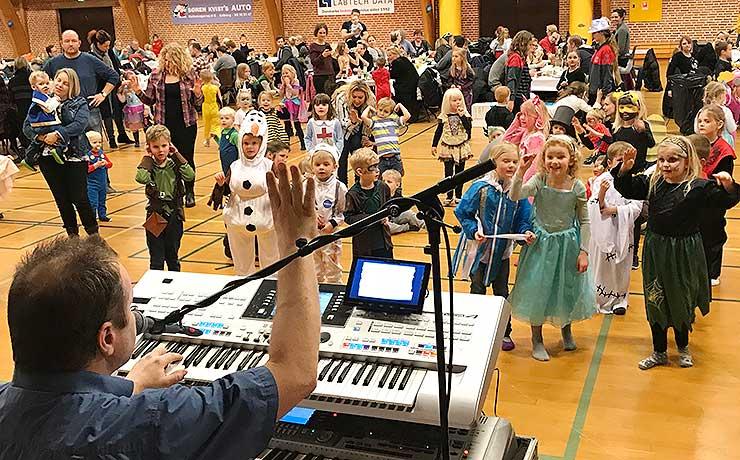 152 børn til fastelavnsfest i Frejlev