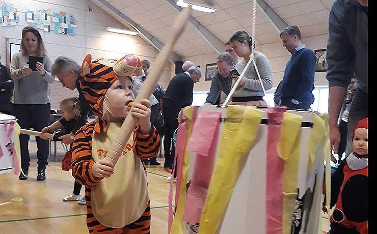 Dagplejebørn til fastelavn i Vokslev