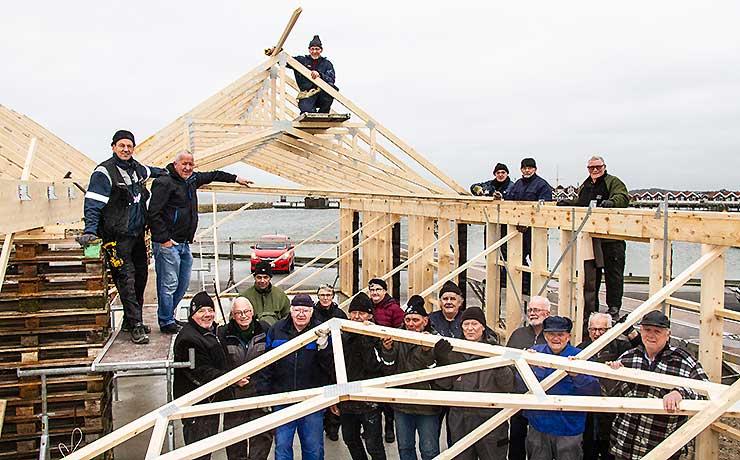Jollehavnens bygge-bisser er trådti karakter og trodser vinteren!