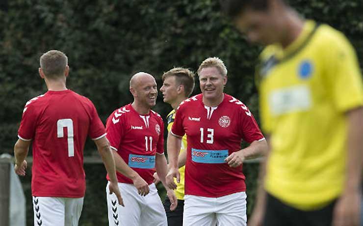 Oldboys landsholdet til Nibe når Nibe Boldklub runder 100