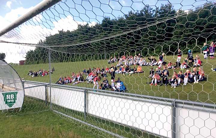 Fodboldskole med social tilgang skudt i gang
